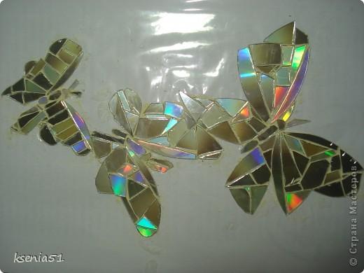 Наклейки -   мозаика из CD-дисков  фото 4