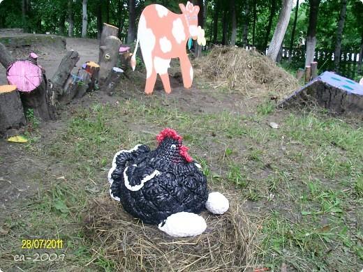 1.Лебеди,связанные из мусорных пакетов... фото 6