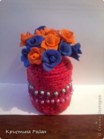 Ваза с разноцветными розами (вязание+полимерный пластик)