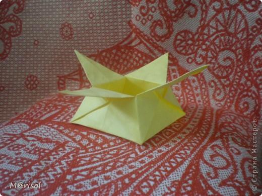 Это моя первая поделка в стиле оригами. С нее то все и началось.... Вот ссылка  http://www.loveorigami.info/  фото 3