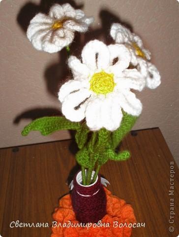 Вот такие цветочки детвора связала еще год, два назад... фото 4