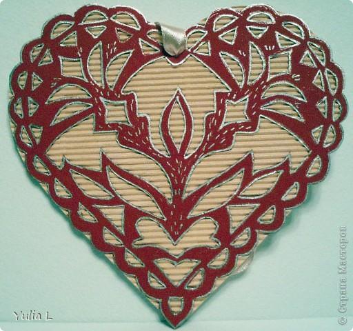 """Небольшая коллекция """"сердечных"""" открыток. Впервые попробовала технику вырезания. Шаблоны здесь http://stranamasterov.ru/node/44264. Бабочки вырезаны из скрап-бумаги, фон - двусторонний картон. фото 1"""
