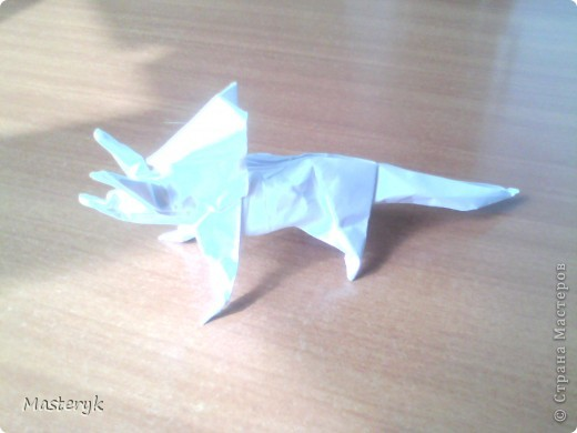 Jerry HARRIS -Triceratops фото 1