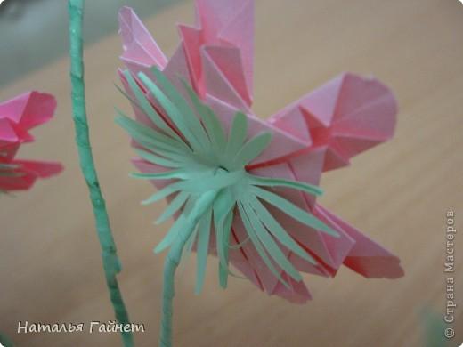 Кусочек лета своими руками.Кустик неувядающих цветов у себя дома. Как давно я мечтала сделать космеи - оригами.Ура они теперь со мной рядом. фото 11