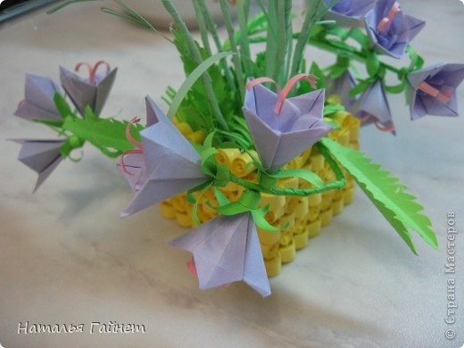 Кусочек лета своими руками.Кустик неувядающих цветов у себя дома. Как давно я мечтала сделать космеи - оригами.Ура они теперь со мной рядом. фото 27