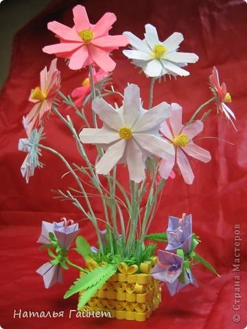 Кусочек лета своими руками.Кустик неувядающих цветов у себя дома. Как давно я мечтала сделать космеи - оригами.Ура они теперь со мной рядом. фото 1