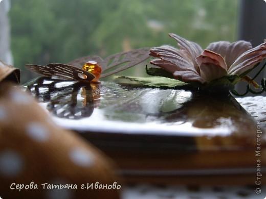 Всем доброго времени суток! Сегодня я к вам с комплектом: открыткой и шоколадницей в светло кофейных тонах. фото 6