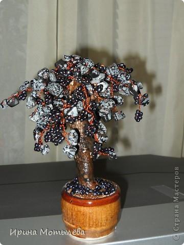 моё первое деревце из любимых бус.