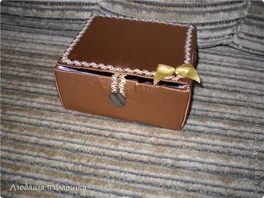 Коробочка (когда то в ней жил фотоаппарат, теперь шкатулка фото 1