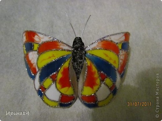 Бабочки из пластиковых бутылок фото 3