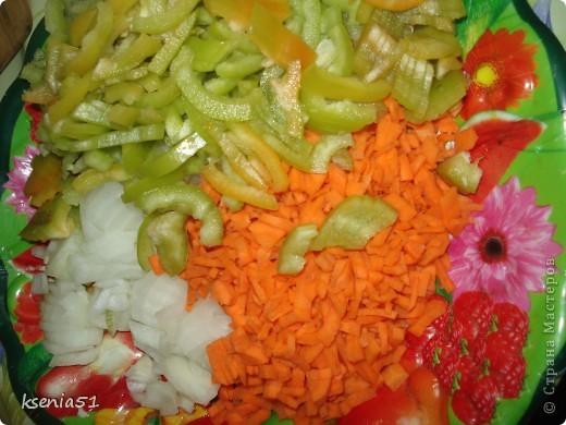 Насмотревшись и вдохновившись вашими вкусняшками, а особенно рулящими баклажанами Юли и Миши:))), осмелюсь предложить вашему вниманию одно из моих любимейших блюд. Научила меня его делать моя вторая мама, то есть любимая свекровь на Украине. фото 4