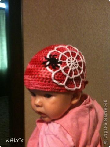 вот такую банданку связала своей ляльке,когда ей было еще 2 месяца,уже перевязывала,т.к. головка растет,а от банданки все в восторге))сейчас нам 5 - носим с удовольствием))) фото 1