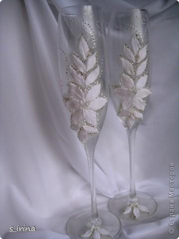 Свадебные бокал по мотивам платья невесты фото 1