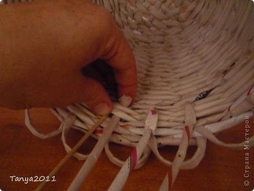 Такую корзинку можно подарить, использовать под рукоделие, косметику и другое. фото 5