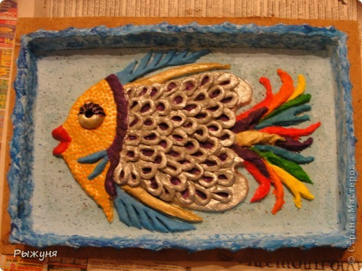 """Панно """"Рыба - модница"""".  В Стране очень много рыб, но такой точно нет, наверно только этим она и хороша.Размер 20*30см фото 2"""