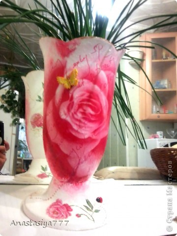 Вот таким стал обычный белый горшочек для цветов, однажды попав мне на глаза, во время обычного везита в гости:))) фото 1