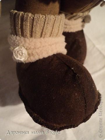Мишка Кофейная Барышня 30см хлопок,тонированный и ароматизированный кофе корицей ванилью, акрил,нитки Ирис, ленты атласные кружева, флис, пуговицы фото 4
