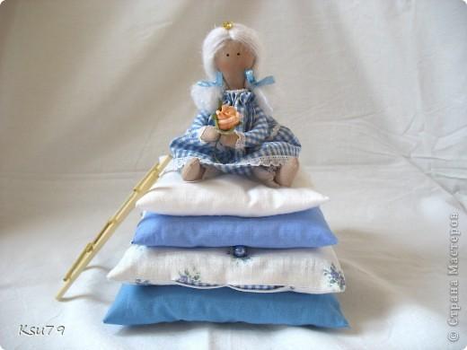 Пошив миниатюр продолжается! муж, когда увиделмасштабы моих кукол, спросил, когда начну блохам тапочки шить.  фото 2