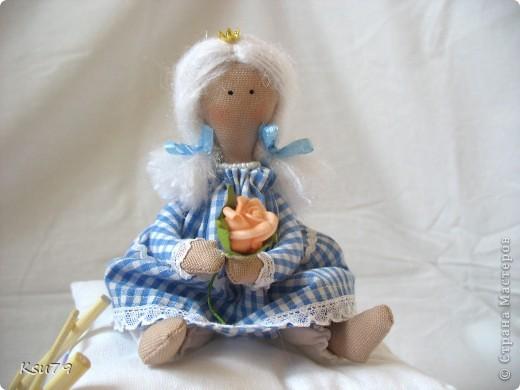 Пошив миниатюр продолжается! муж, когда увиделмасштабы моих кукол, спросил, когда начну блохам тапочки шить.  фото 4