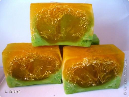 Мыльце с люфой мандариновое фото 1
