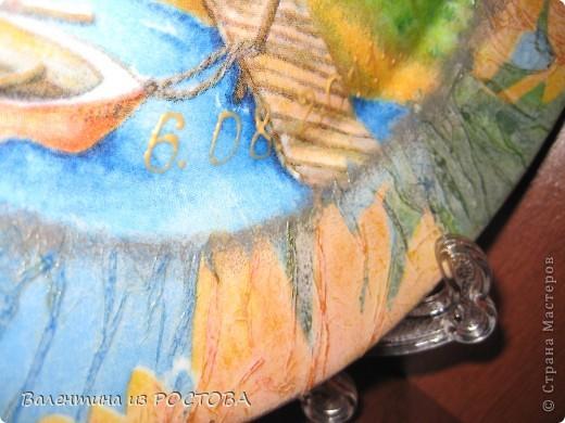 Тарелка ко дню свадьбы.Использовала 2 вида лака .Надпись выполнена контуром по стеклу фото 2