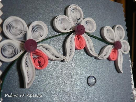 Мужчина дома сам выращивает орхидеи, поэтому других вариантов оформления открытки и не было... фото 2