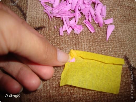 """Цветы из гофрированной бумаги. У сестры свадьба, сделала для выкупа, т.к. тематика выкупа """"Цветочный магазин"""". фото 7"""