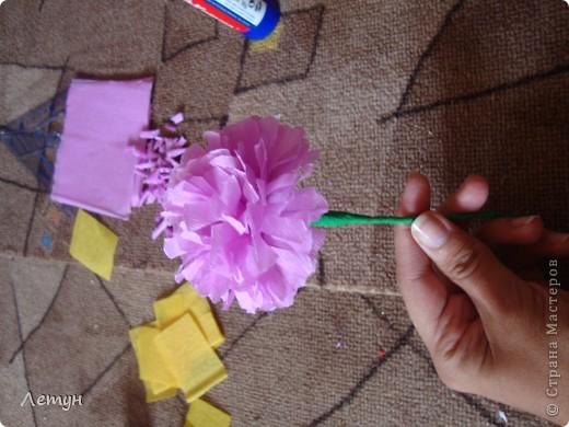 """Цветы из гофрированной бумаги. У сестры свадьба, сделала для выкупа, т.к. тематика выкупа """"Цветочный магазин"""". фото 16"""