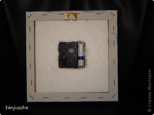 Сегодня доделала часы в технике пергамано. Вставила им механизм теперь тикают.Цветочки сделаны в 3д из пергамента.  фото 4