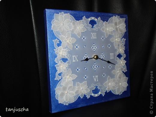 Сегодня доделала часы в технике пергамано. Вставила им механизм теперь тикают.Цветочки сделаны в 3д из пергамента.  фото 6