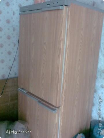 Это наш садовый домик. Сначала мы хотели завести кур, а потом решили что сделаем домик для себя. Вот строительство нашего домика почти подошло к концу. Осталось поклеить обои в одной комнате, доделать дверь. фото 7