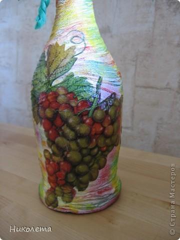 Украсила бутылочку в подарок хорошему человеку фото 3