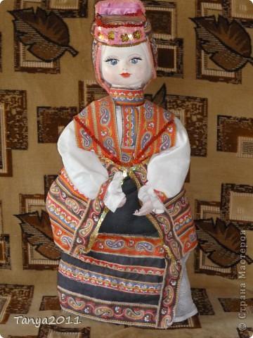 Кукла в костюме Воронежского края. Делаю туловище из пластиковой бутылки, голова - папье-маше, руки и ноги - из пластики. Высота 90 см. фото 1