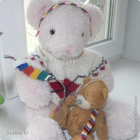Все вместе.(См.голову розового Мишки,на руке у розового Мишки,и на плече у коричневого медвежонка). фото 1
