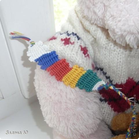 Все вместе.(См.голову розового Мишки,на руке у розового Мишки,и на плече у коричневого медвежонка). фото 4