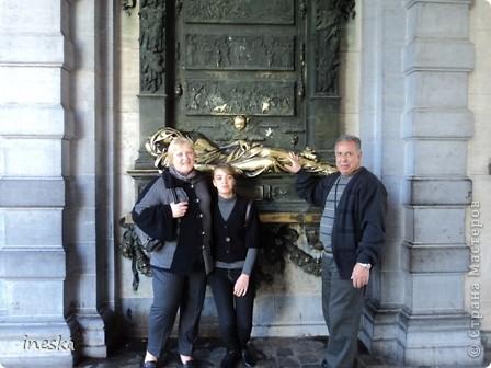 Вот мы и приехали в Брюссель,и сразу же пошли в центр ,Это площадь Императоров если не ошибаюсь а это и памятник одному из них фото 5