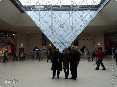Вот мы и приехали в Брюссель,и сразу же пошли в центр ,Это площадь Императоров если не ошибаюсь а это и памятник одному из них фото 41