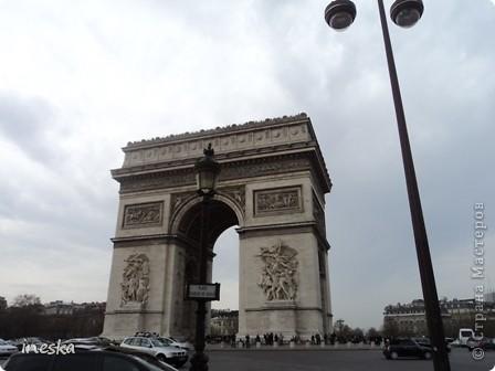 Вот мы и приехали в Брюссель,и сразу же пошли в центр ,Это площадь Императоров если не ошибаюсь а это и памятник одному из них фото 52