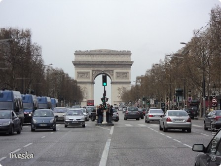 Вот мы и приехали в Брюссель,и сразу же пошли в центр ,Это площадь Императоров если не ошибаюсь а это и памятник одному из них фото 53