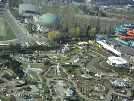 Вот мы и приехали в Брюссель,и сразу же пошли в центр ,Это площадь Императоров если не ошибаюсь а это и памятник одному из них фото 62