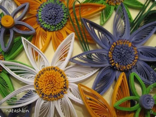 Здравствуйте, уважаемые мастерицы  Страны! Моя картинка  сделана  по  мотивам цветочной  фантазии MaryBond. Спасибо  ей  за  вдохновение. фото 3