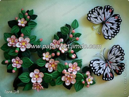 Добрый день ВСЕМ! Вот выставляю очередную свою работу, сделанную на заказ для молодоженов, бабочки заказчица пожелала иметь обязательно и именно две. В голове созрела картина, связанная именно с весной, пробуждением и зарождением новой жизни, бабочки здесь, как символ красоты и любви - это наши молодые, такие же красивые и полные энергии. фото 2