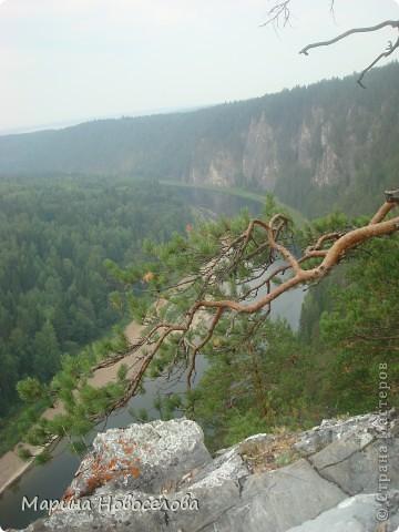 Представляю вашему вниманию большой, увлекательный и веселый фоторепортаж о путешествии по реке Чусовой - жемчужине Урала. Фото сделаны в августе прошлого года и в нынешнем году фото 8