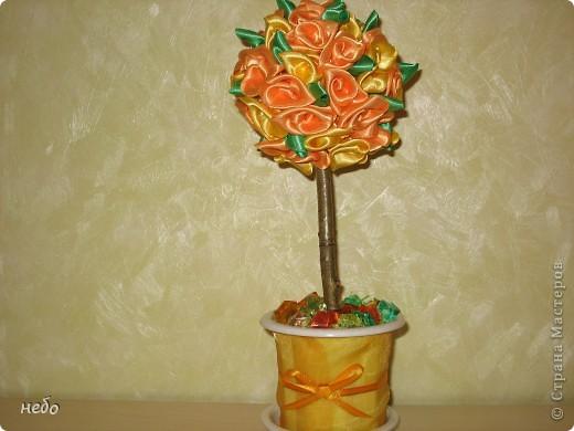 деревце из ленточек, делала в подарок. фото 1