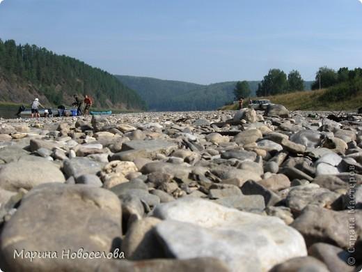 Представляю вашему вниманию большой, увлекательный и веселый фоторепортаж о путешествии по реке Чусовой - жемчужине Урала. Фото сделаны в августе прошлого года и в нынешнем году фото 36