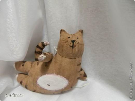 Очень понравились тильды на сайте, решила сшить котика. Пахнет кофе и ванилью.МММММММ!Приятно! фото 1