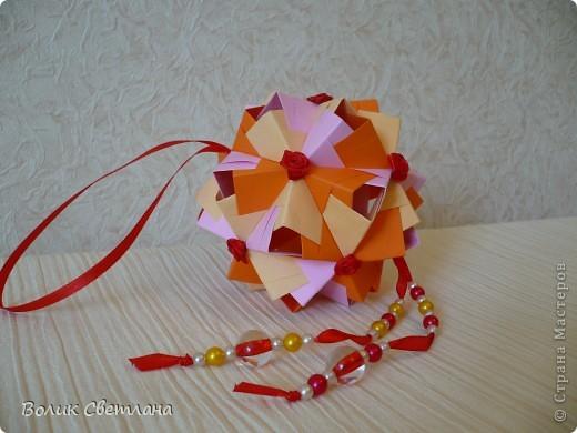Здравствуйте, дорогие мастерицы! Представляю Вам мой вариант Дырявого сонобе. Я конечно понимаю , что эту модель ни кто не украшает, но мне захотелось попробывать. Показываю, что получилось)))))) фото 2