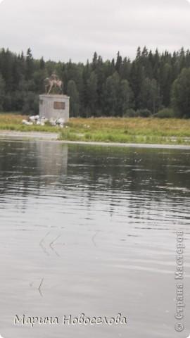 Представляю вашему вниманию большой, увлекательный и веселый фоторепортаж о путешествии по реке Чусовой - жемчужине Урала. Фото сделаны в августе прошлого года и в нынешнем году фото 45
