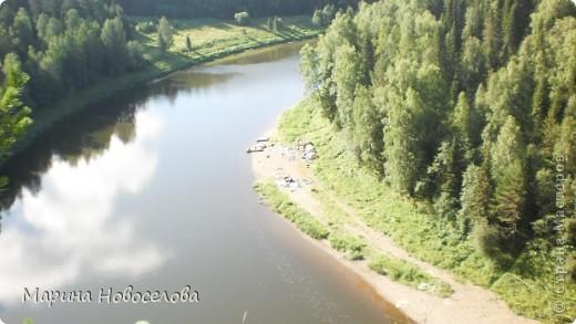 Представляю вашему вниманию большой, увлекательный и веселый фоторепортаж о путешествии по реке Чусовой - жемчужине Урала. Фото сделаны в августе прошлого года и в нынешнем году фото 56
