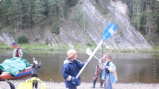 Представляю вашему вниманию большой, увлекательный и веселый фоторепортаж о путешествии по реке Чусовой - жемчужине Урала. Фото сделаны в августе прошлого года и в нынешнем году фото 70